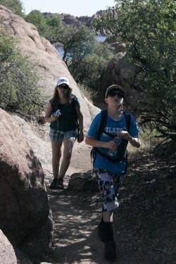 Kees en Jolanda aan de wandel