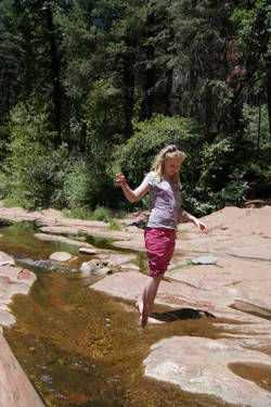 Ilse zoekt verkoeling in Oak Creek