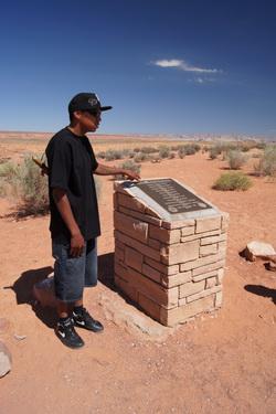 Gedenkteken voor in 1997 omgekomen mensen