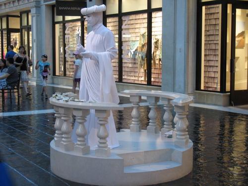 Een levend standbeeld