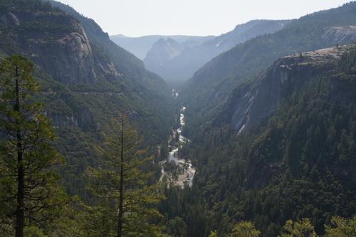 Uitzicht over vallei