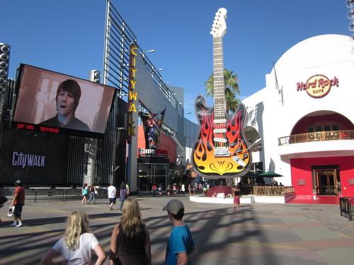 Op het grote scherm Big Time Rush
